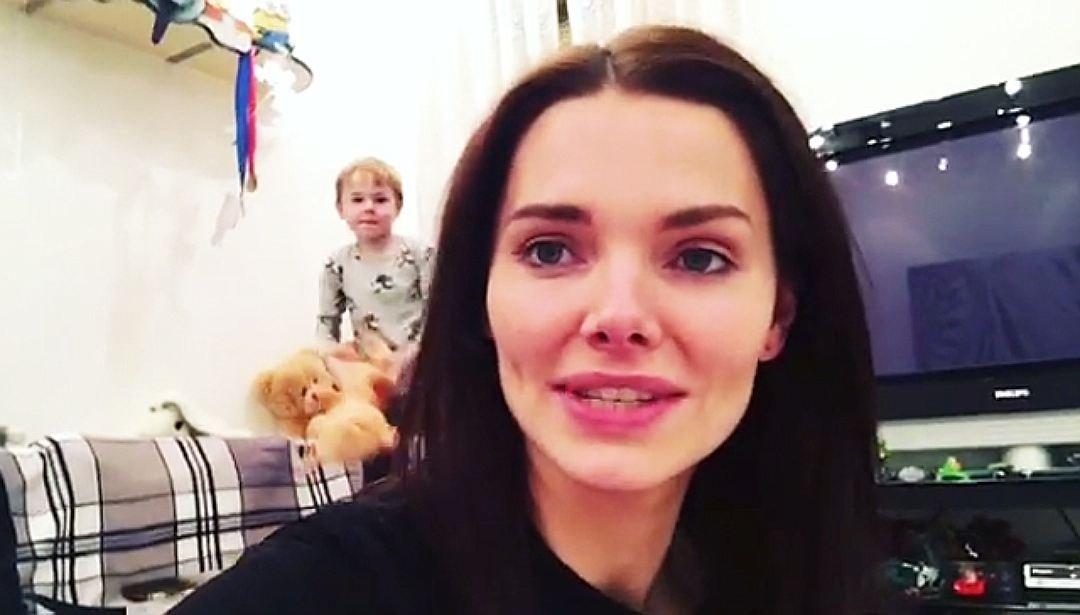Елизавета Боярская впервые продемонстрировала 5-летнего сына на видео