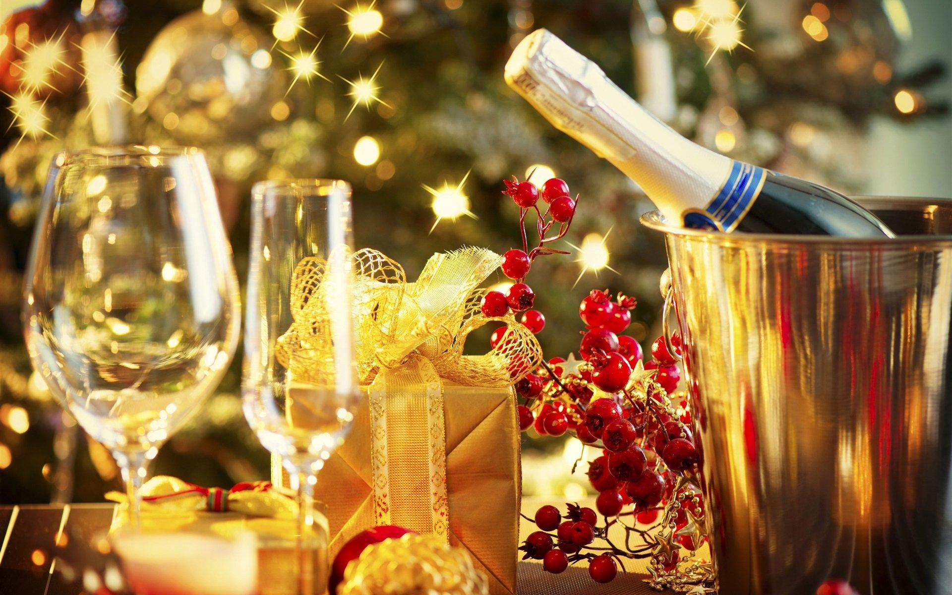 Эксперты: Стоимость водки и шампанского в преддверии Нового года не изменится