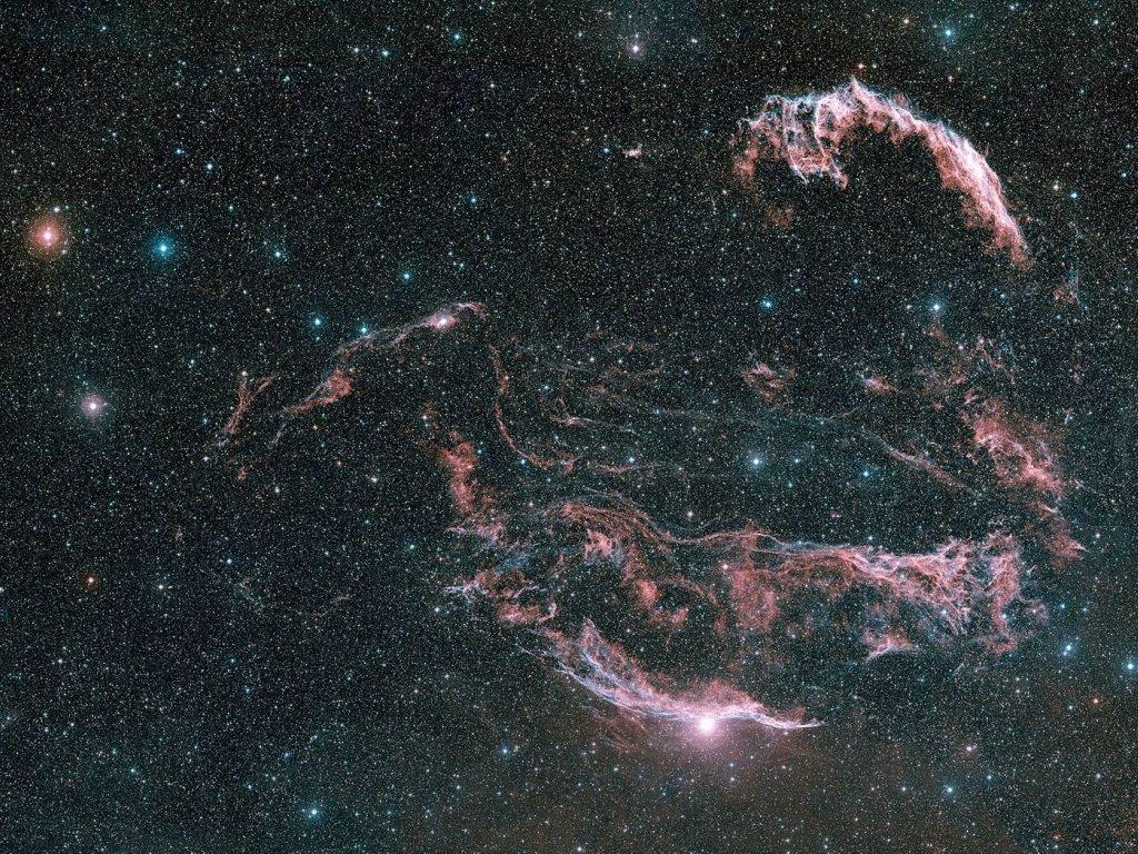 Потоки звездной пыли стали виновниками проникновения микроскопических живых существ напланеты— Ученые