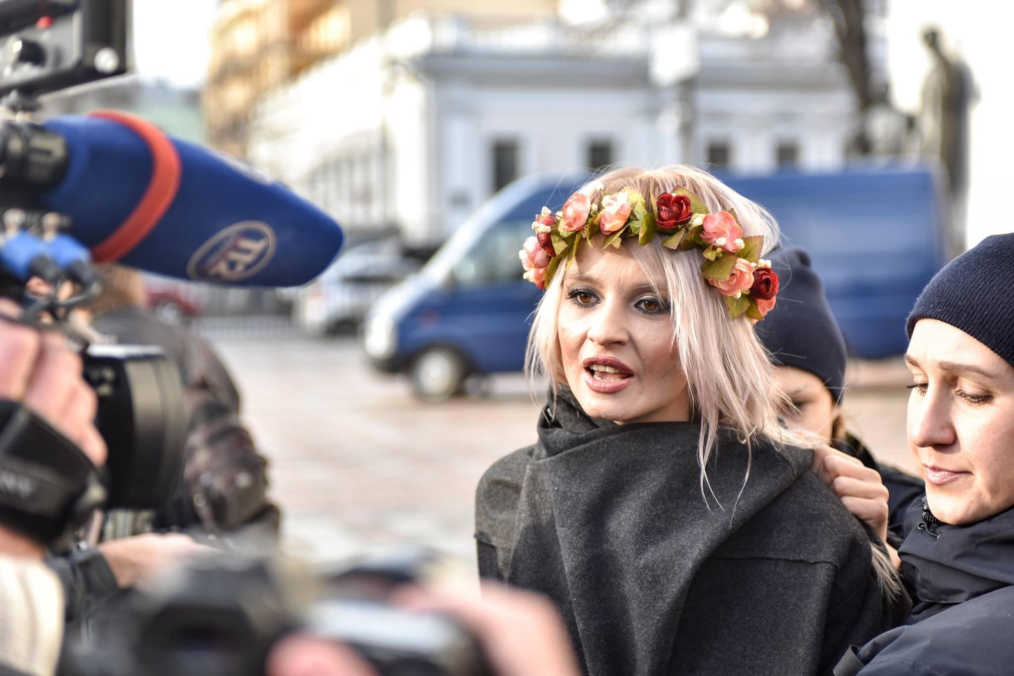 На активисток Femen, которые задержаны в Киеве, составили протоколы о хулиганстве