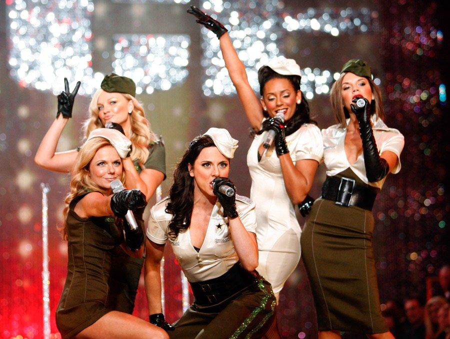 Виктория Бэкхем опровергла сообщения овоссоединении Spice Girls