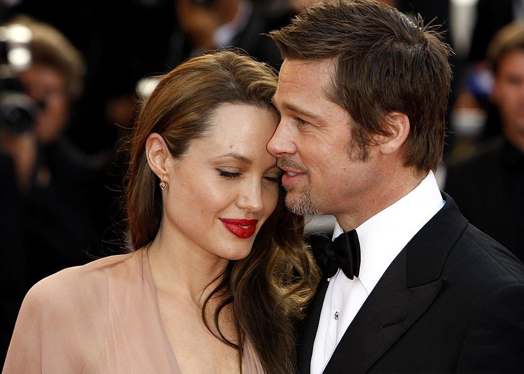 Брэд Питт предложил Анджелине Джоли за детей половину состояния