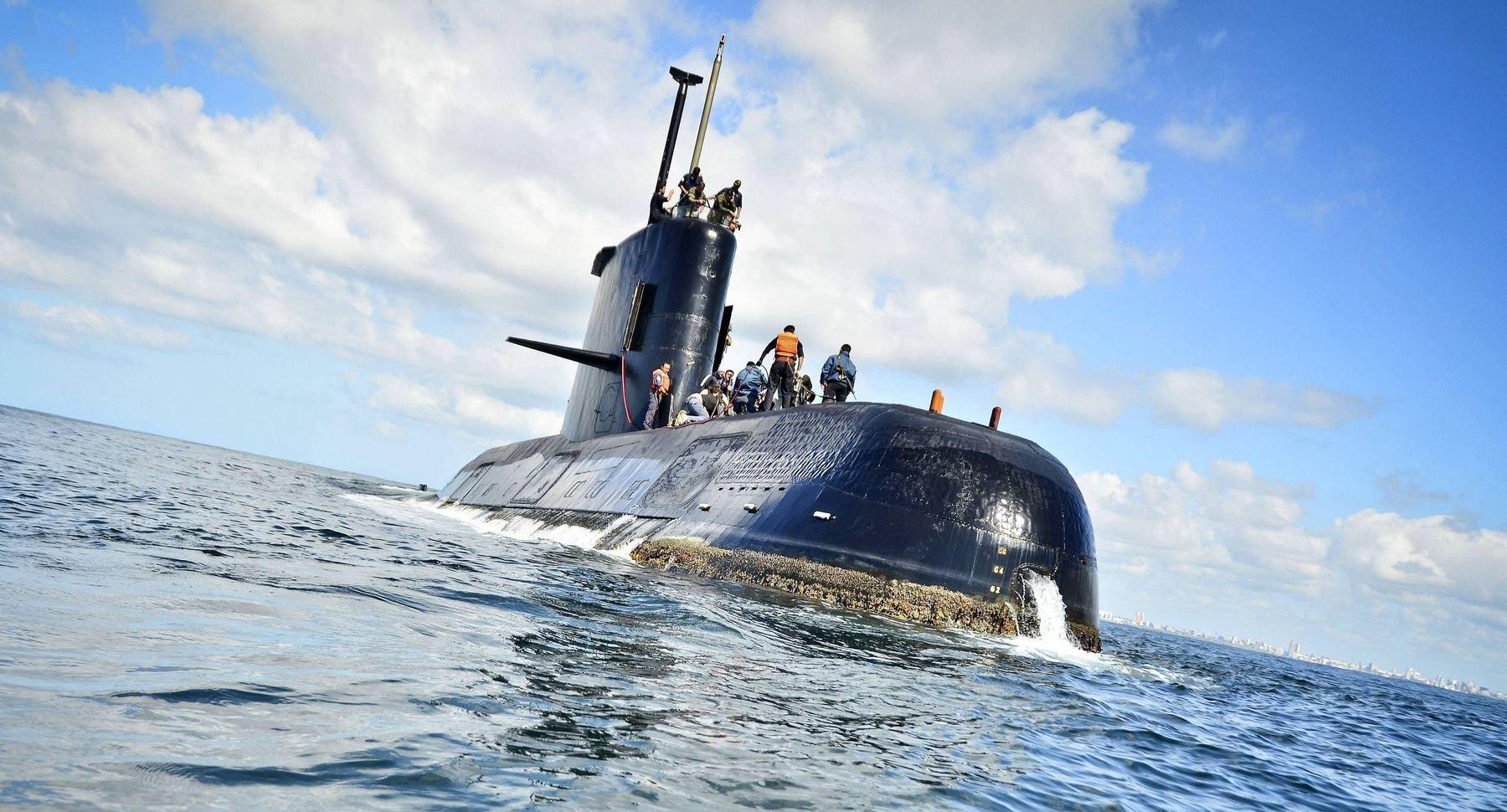 В зоне поиска аргентинской боевой субмарины «поймали» сигнал