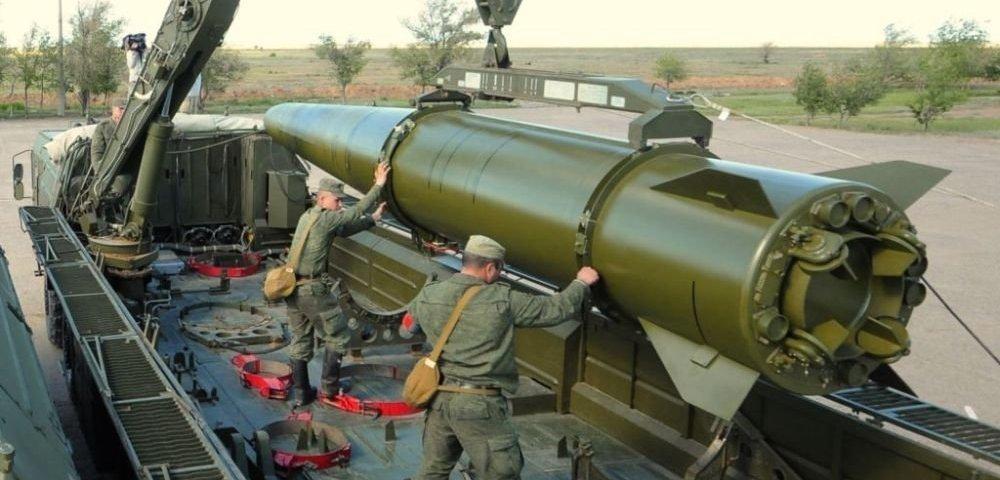 Российские военные получили ракетный комплекс «Искандер-М»