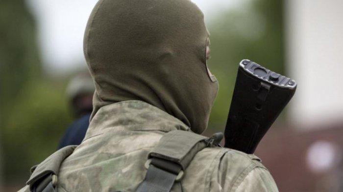 СМИ: Здание генпрокуратуры ЛНР силы МВД взяли штурмом