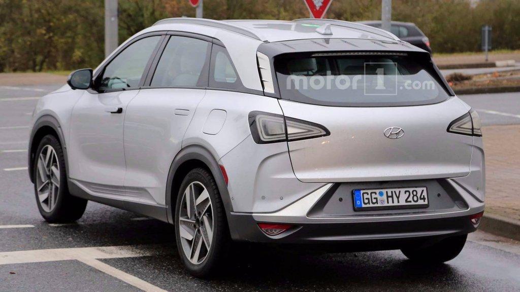 Hyundai вывела на тесты новый водородный кроссовер FCEV Fuel Cell