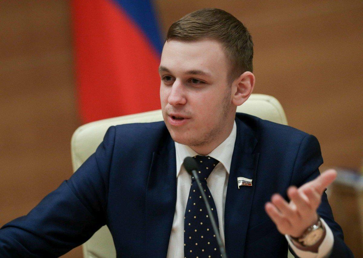 Мантурову предложили организовать в России день распродаж
