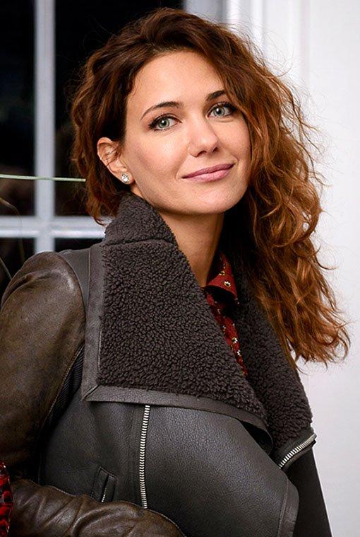 Актриса Климова опубликовала в Сети интимное фото в одном полотенце