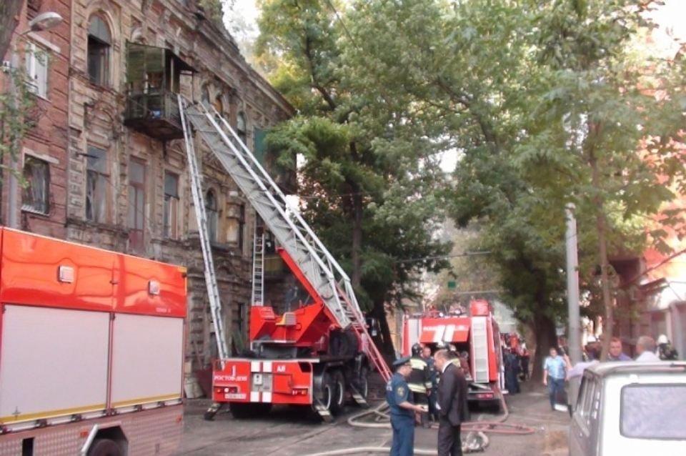 В Ростове перекрыли движение из-за угрозы обрушения дома