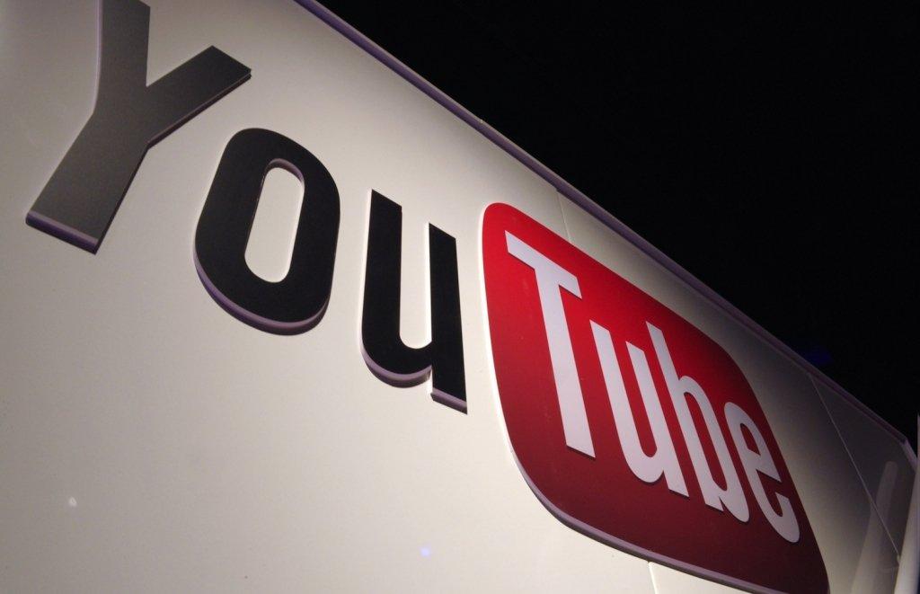 Большие  компании отказываются размещать рекламу наYouTube из-за нецензурной брани ипедофилов