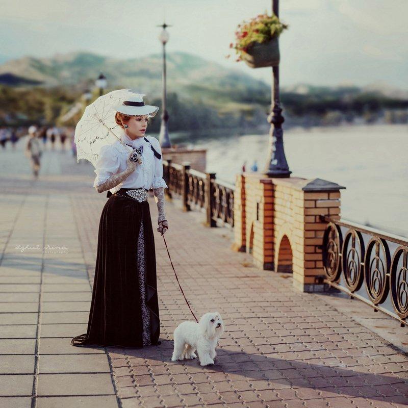 В российской столице агрессивная дама покусала женщину ссобакой