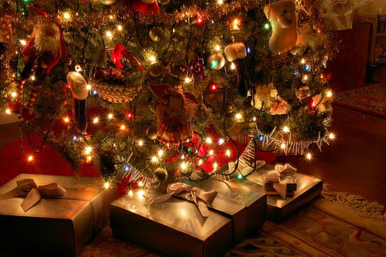Названы самые известные ужителей российской федерации новогодние подарки