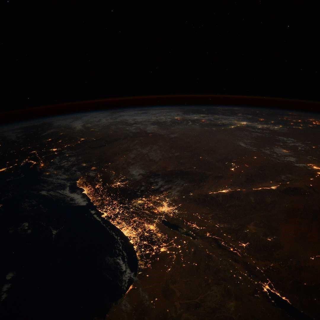 Астронавт снял Землю в космосе и выложил