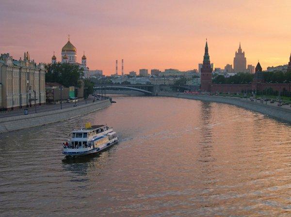 Речные кабриолеты по Москве-реке запустят к ЧМ-2018