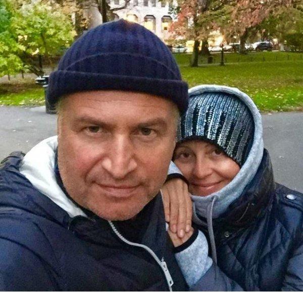 Леонид Агутин опубликовал фото Варум без макияжа