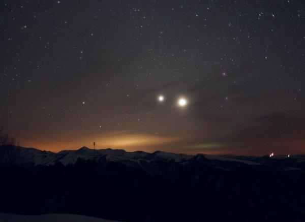 Венера и Юпитер подарят россиянам невероятное зрелище