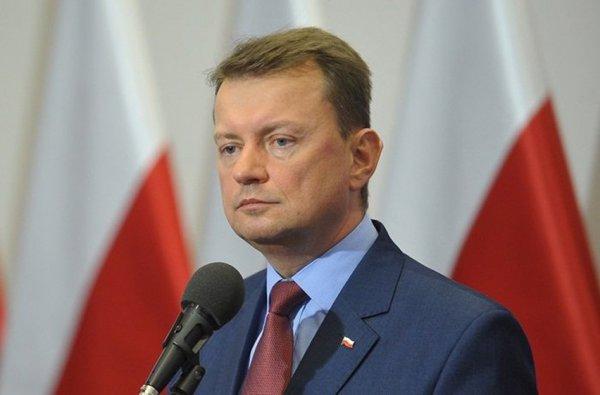 Глава МВД Польши требует снести сталинскую высотку в Варшаве