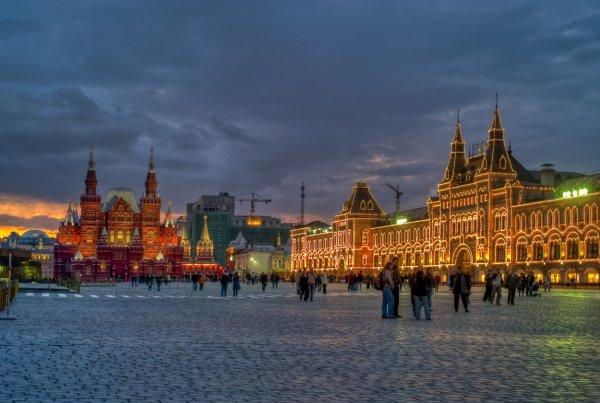 В октябре Москва стала первой в реализации майских указов Путина