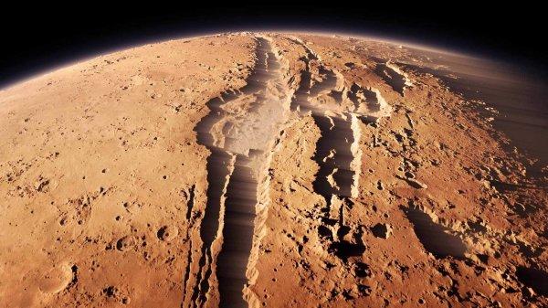 Уфолог нашел на Марсе кулак инопланетянина