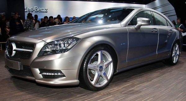 Mercedes-Benz анонсировал выход нового купе CLS