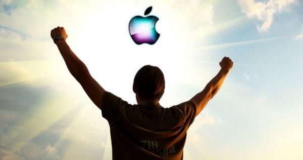 Митрополит Иларион объяснил популярность Apple: Поклонники Джобса считают гаджеты новой религией