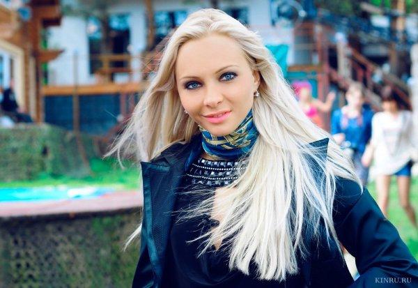Варвина: Бузова будет ведущей «Дома-2», пока это выгодно организаторам