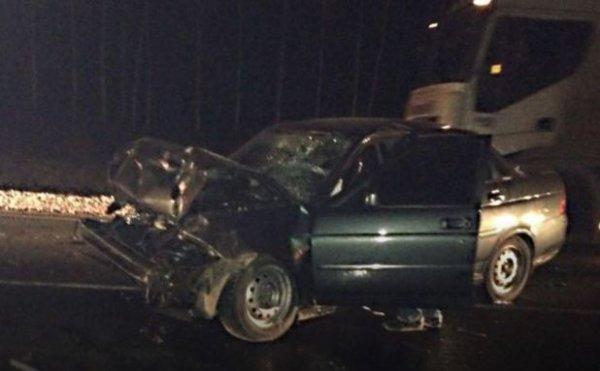 В Башкирии в результате ДТП с грузовиком пострадал человек