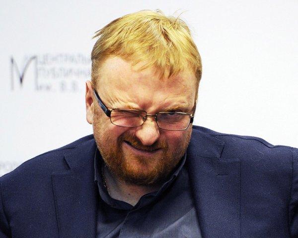 Милонов хотел сжечь гея в студии Big Russian Boss