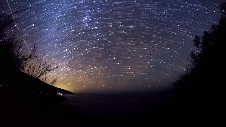 Пик «звездопада» потока Геминиды придется на13 и14декабря