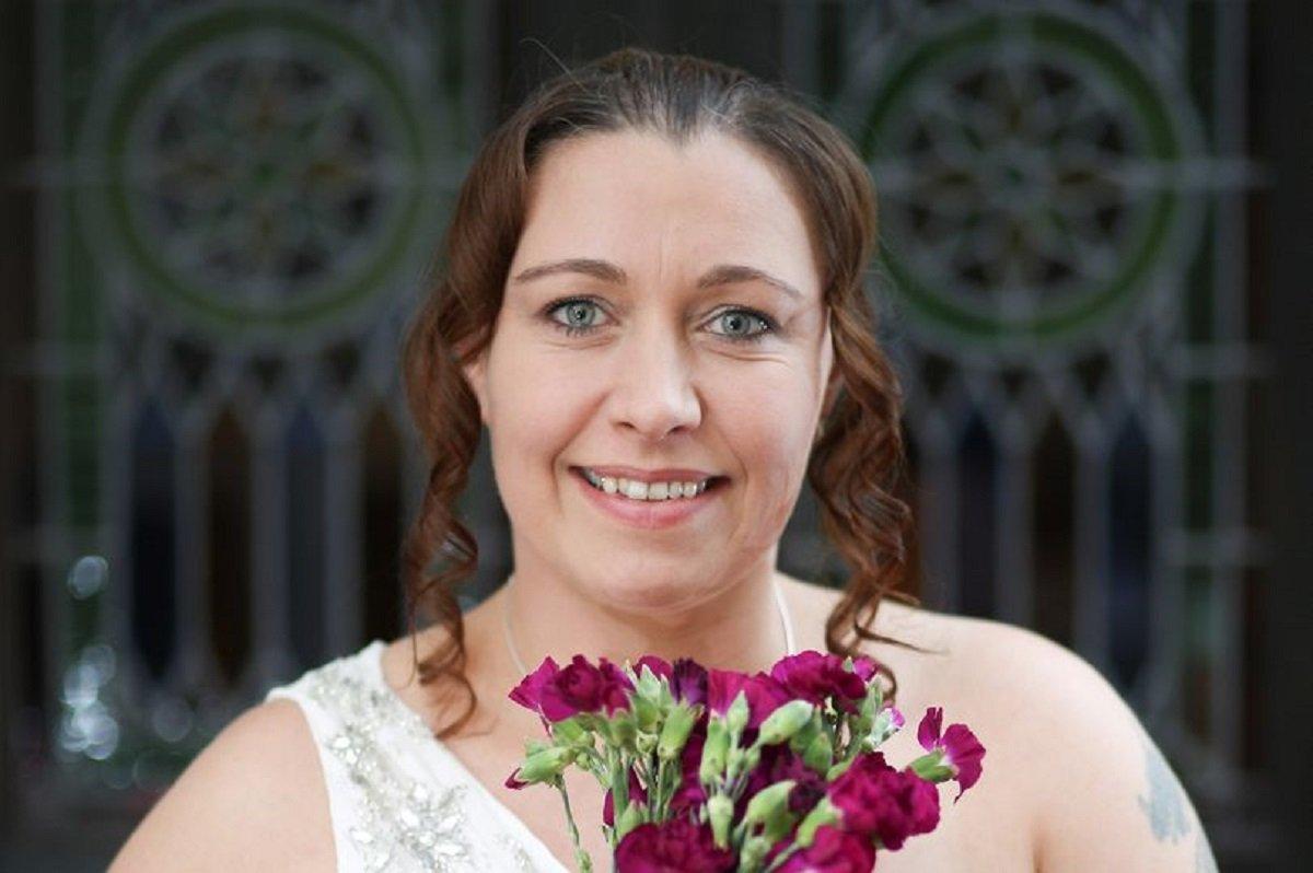 Женившаяся сама насебе англичанка изменила самой себе смужчиной