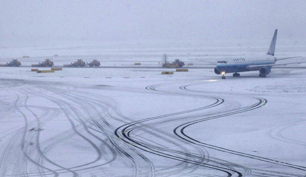 ВШереметьево из-за непогоды задерживаются около 90 авиарейсов