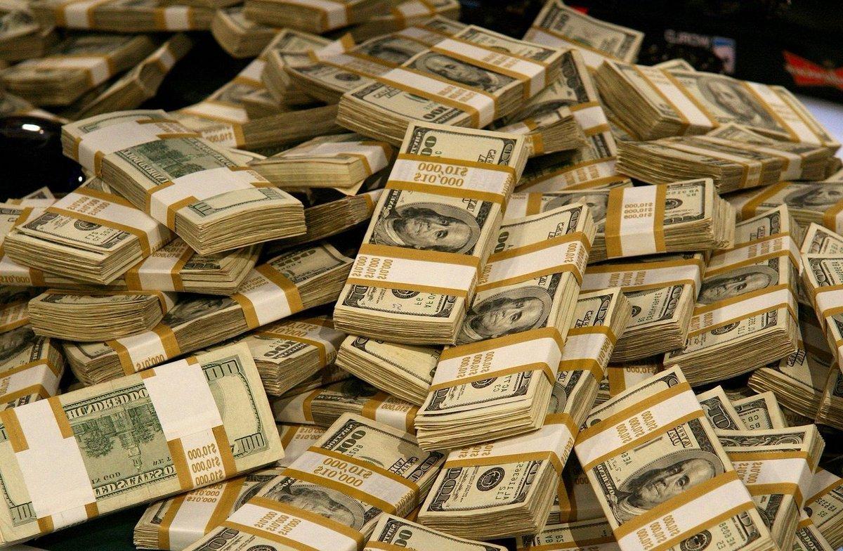 Русские миллиардеры всамом начале года стали богаче на21,6 млрд долларов