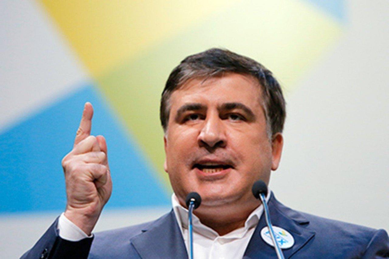 Саакашвили пригрозил Порошенко неприятным сюрпризом вслучае невыполнения его требований