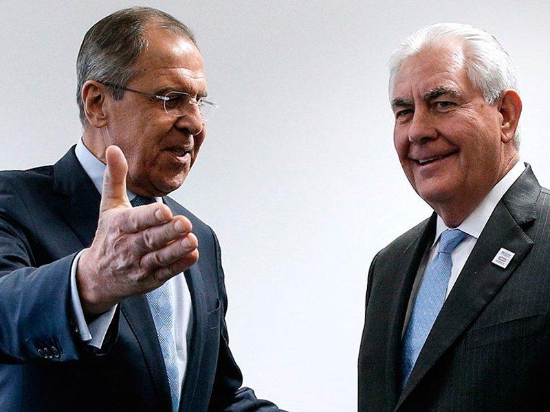 Лавров указал Тиллерсону нанедопустимость давления на русские  СМИ