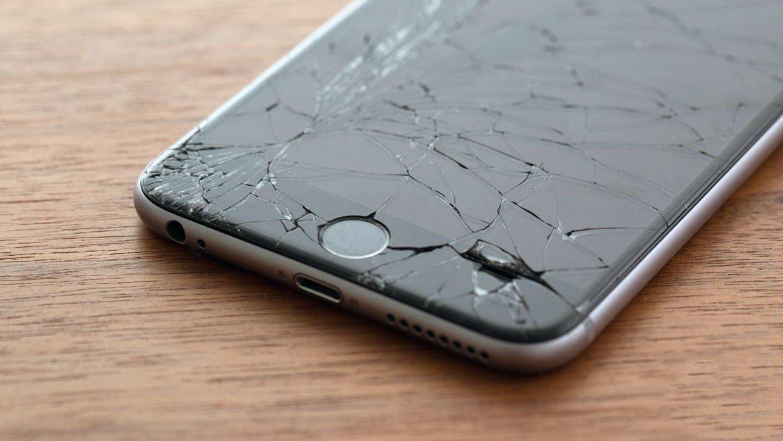 В РФ появился официальный сервис поремонту дисплеев iPhone заодин день