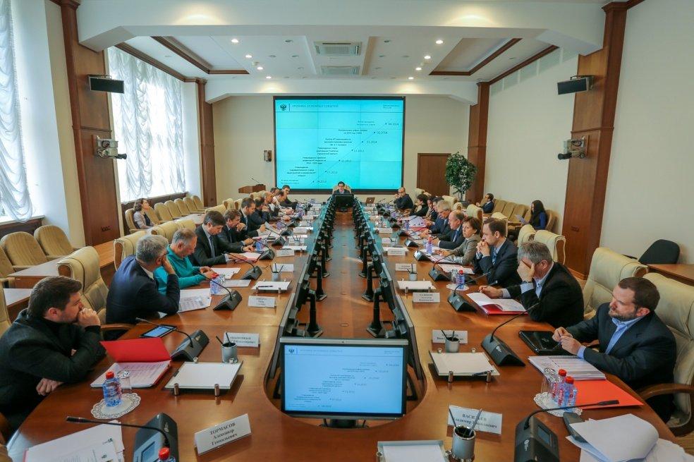 Работники ФСБ пришли в кабинет IT-компании «Ланит»