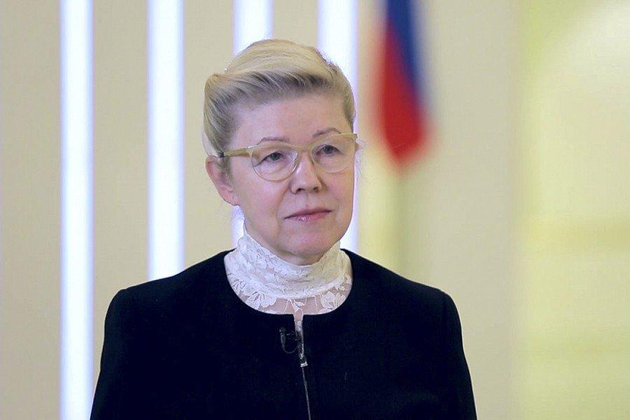 Решение В. Путина баллотироваться впрезиденты даёт чувство уверенности, считает Мизулина