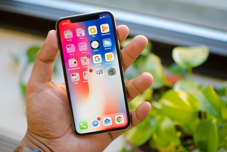 В 2018 году стоит ожидать появления сразу трех моделей Iphone