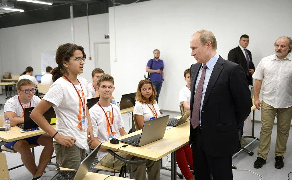 Наноспутник, осмотренный Путиным, запустят наорбиту