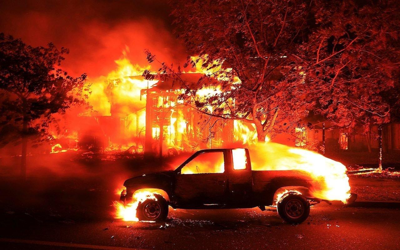 Губернатор Калифорнии считает пожары «новой реальностью»