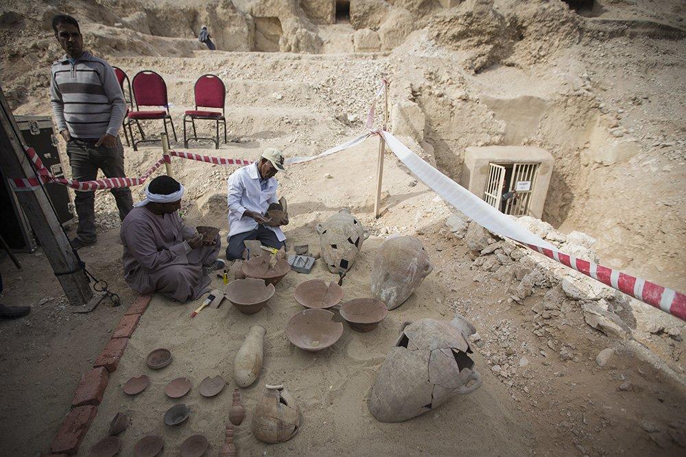 В ходе раскопок в Египте была обнаружена древняя 3-тысячелетняя мумия