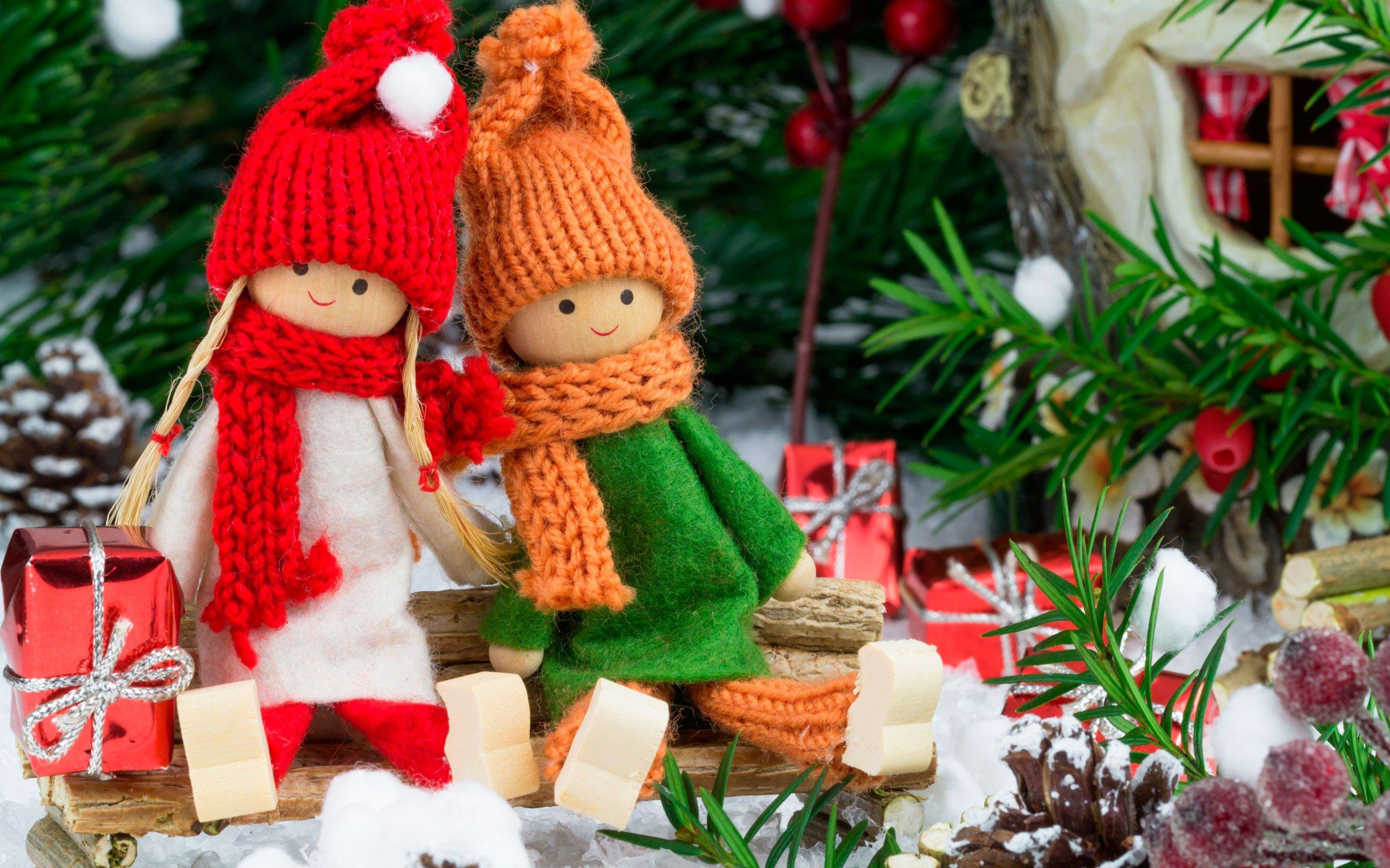 Напразднование Нового года жители России всреднем истратят 17600 руб.