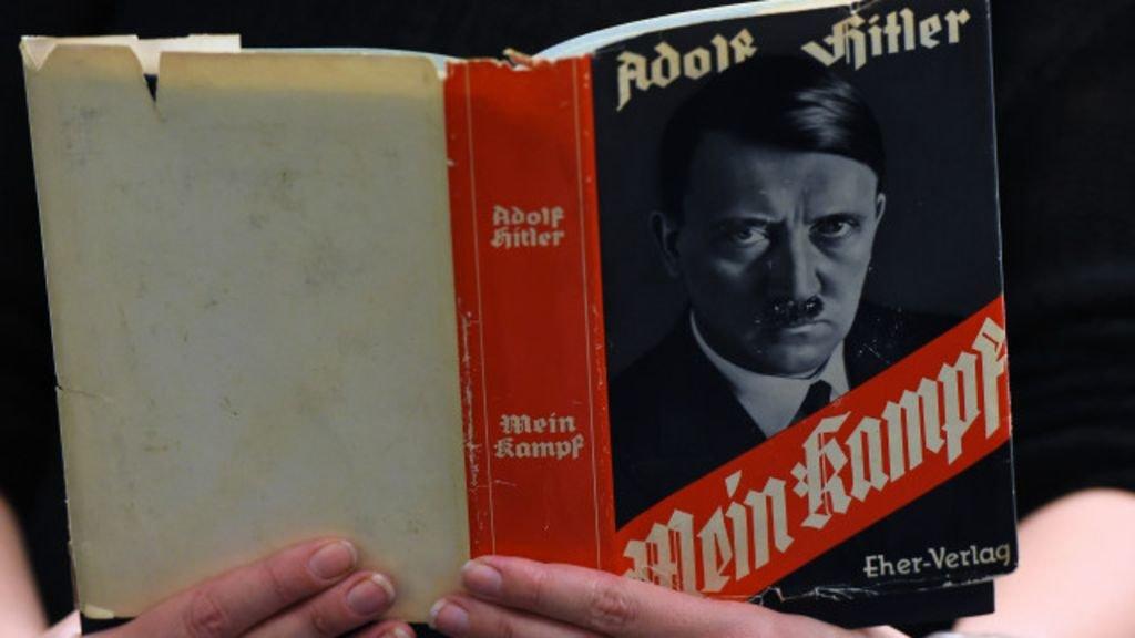 Украинец захотел познакомить граждан России с мыслями Гитлера ипопался