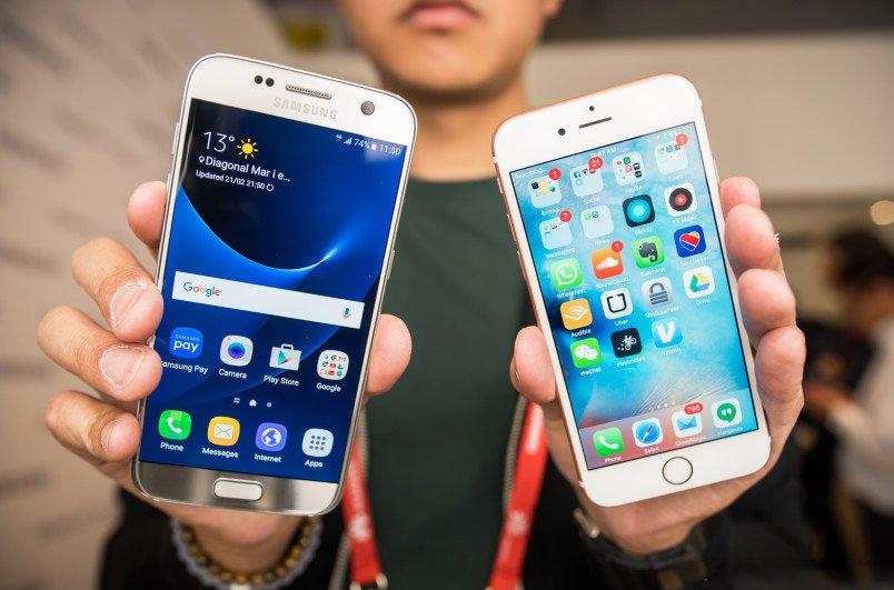 Владельцы Samsung Galaxy довольны смартфонами больше чем пользователи iPhone