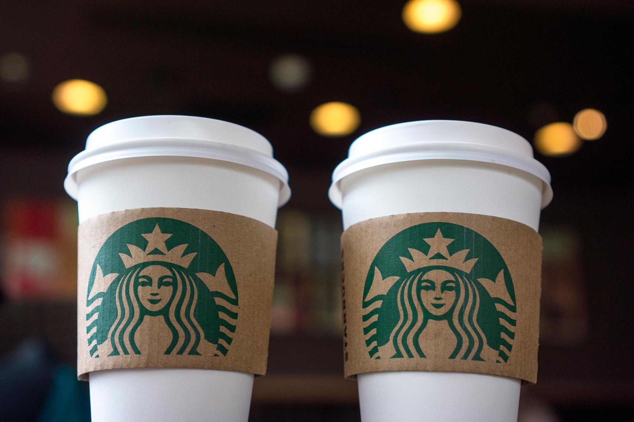 Провайдер кофеен Starbucks через Wi-Fi майнил криптовалюту