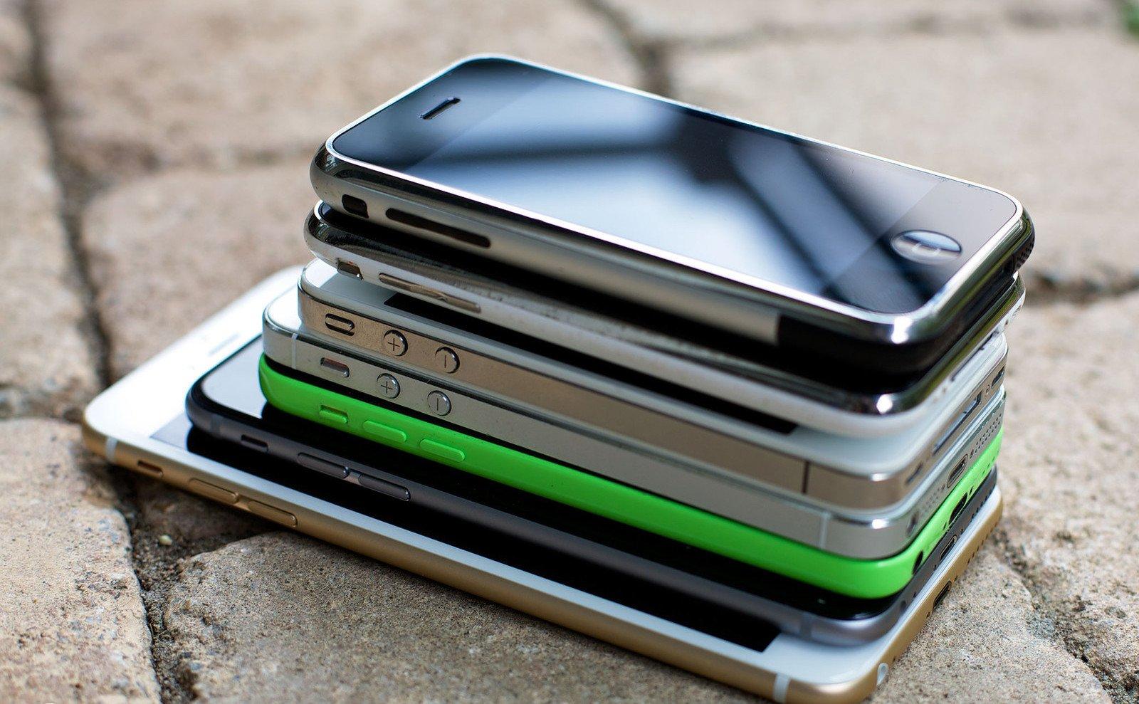 Названы самые известные в Российской Федерации б/у мобильные телефоны