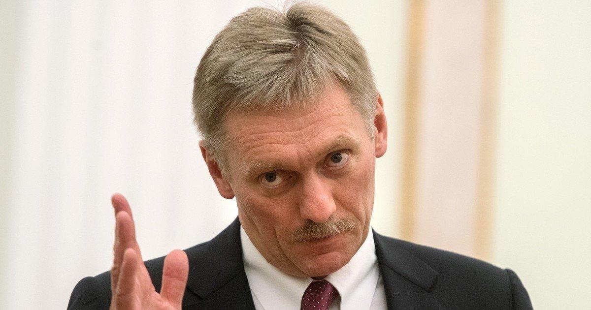 Песков разъяснил, почему Путин неназывает фамилию Навального