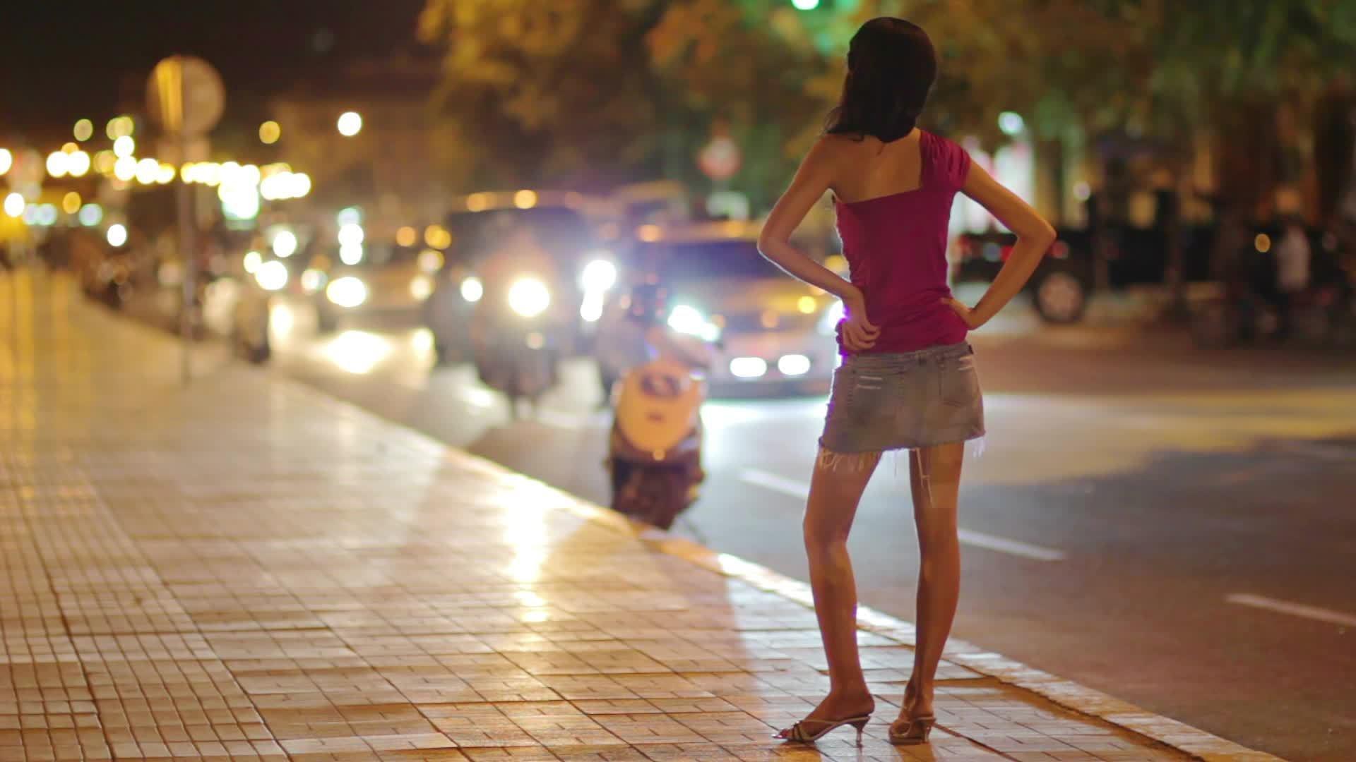 Уполномоченные прав секс-работниц Российской Федерации обратились кПутину