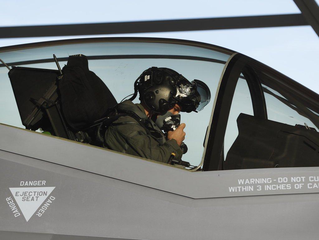 Военный доктор раскрыл причину плохого самочувствия пилотов F-35