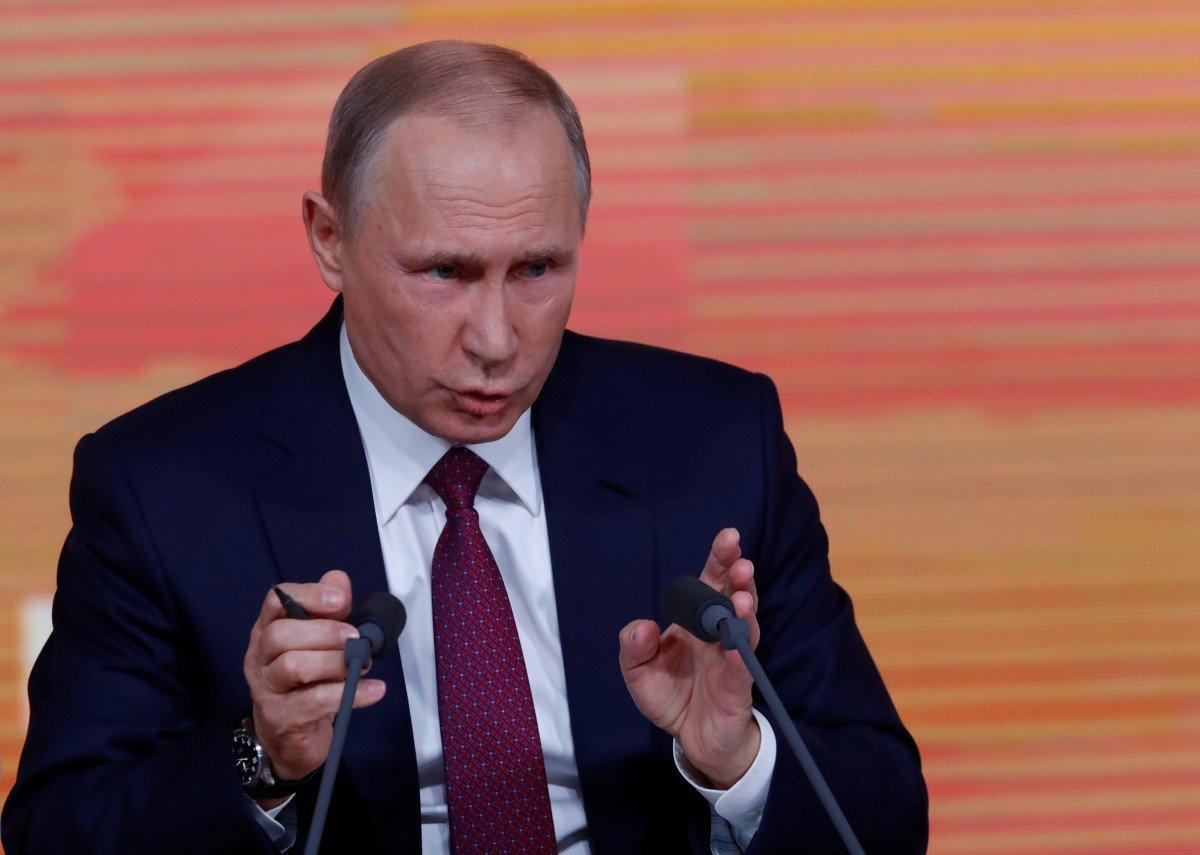 За Владимира Путина ВКонтакте агитируют покойники